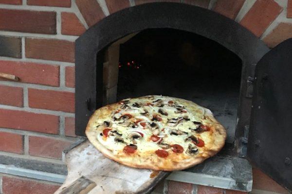 Pizza i steinovn